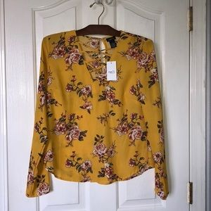 Brand new yellow floral blouse